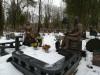 Raiņa kapi, Rīga, Скульптура на могиле Карлиса Рудевича (зима 2018)