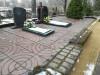 Кладбище «Teteles», Ане, февраль 2019 г. Площадка, выложенная крупной бетонной плиткой на грунт.