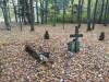 Кладбище «Vaiteņu», волость Вилцес, октябрь 2019 г. Центральная часть кладбища.
