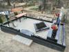 Ивановское кладбище, Рига, март 2020 г. Облицовка бетонной плиткой с использованием монолитного бетонного основания.